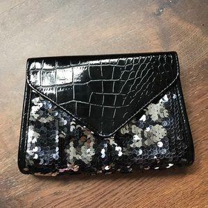 "Handbags - Envelope clutch 8""x 6"""
